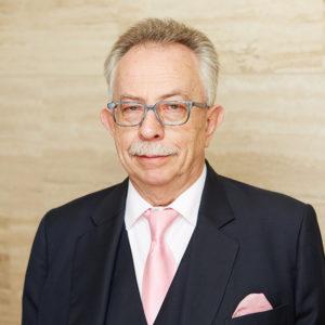Prof. M.J. Neumann